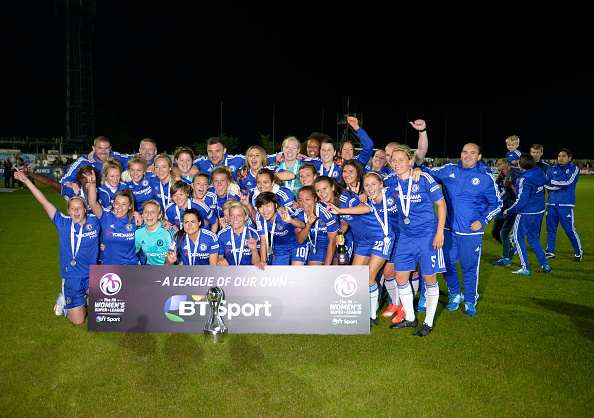 STAINES, ENGLAND - OCTOBER 04:  Chelsea ladies celebrate winning the FA WSL title after their match against Sunderland AFC Ladies on October 4, 2015 in Staines, England.  (Photo by Graham Hughes/Getty Images)