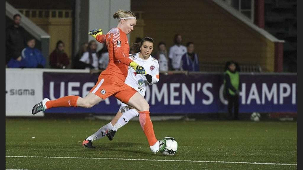 chelseas-hedvig-lindahl vs FC Rosengard